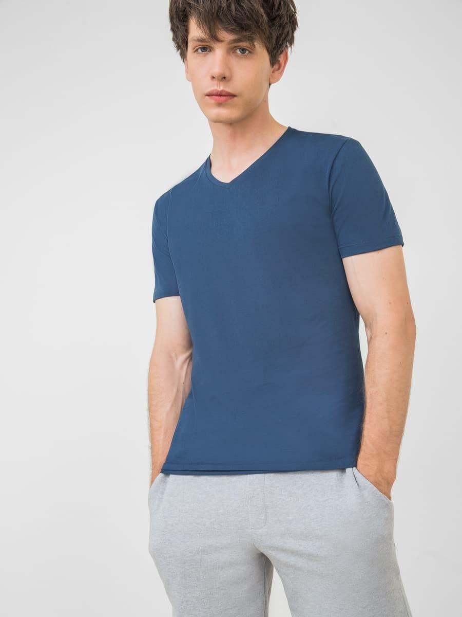 Базовая мужская футболка Mark Formelle