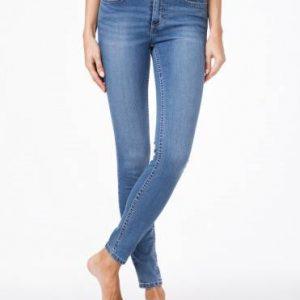Джинсы женские моделирующие ⭐️ Моделирующие джинсы Skinny со средней посадкой 4640/4915L ⭐️